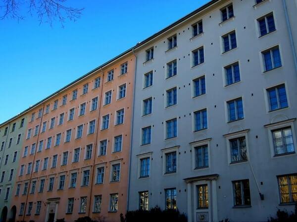Kerrostalo Helsingissä